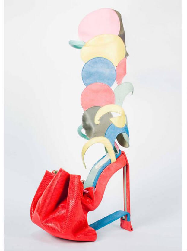 gambar sepatu haktinggi high heels