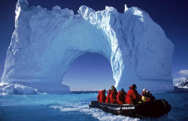 liburan antarktika